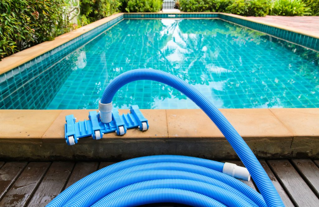 The Best Pool Vacuum Cleaner Types, Models and Comparisons